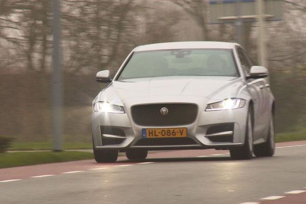 Lagere winst moederbedrijf Jaguar