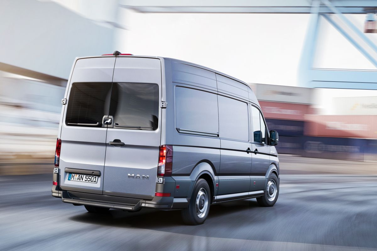 2016 - [Volkswagen] Crafter - Page 3 Ix1yalrb6ad5