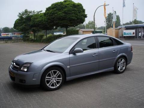 opel vectra gts 2 2 dti 16v 2003 gebruikerservaring autoreviews. Black Bedroom Furniture Sets. Home Design Ideas