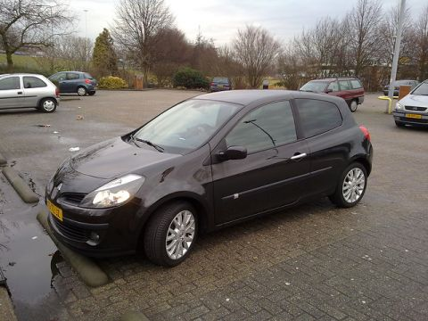 renault clio 1 6 16v dynamique luxe 2006 gebruikerservaring autoreviews. Black Bedroom Furniture Sets. Home Design Ideas
