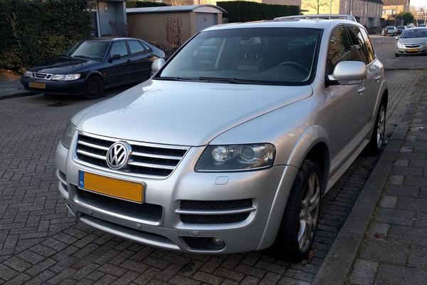 In het wild: Volkswagen Touareg W12