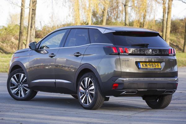 Verkoop Peugeot/Citroën omhoog
