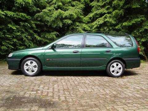 renault laguna break rxe 2 0s 16v 1996 gebruikerservaring autoreviews. Black Bedroom Furniture Sets. Home Design Ideas