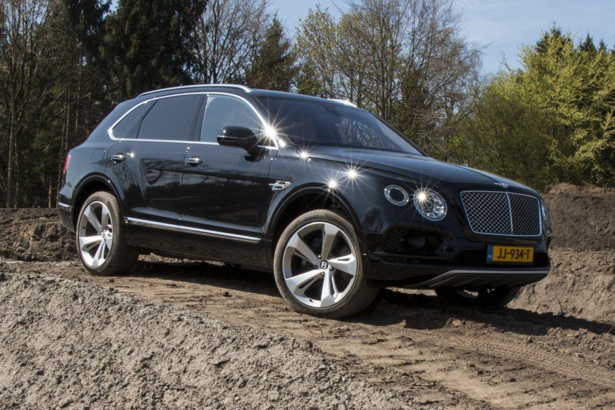 Bentley Bentayga | Rijimpressies - AutoWeek.nl