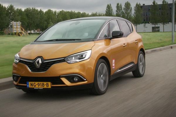 Mégane en Scénic helpen Renault vooruit
