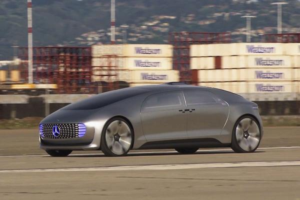 Video: Reportage - Rijden in de Mercedes-Benz F015