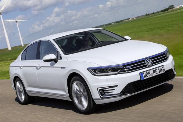 Volkswagen prijst Passat GTE af