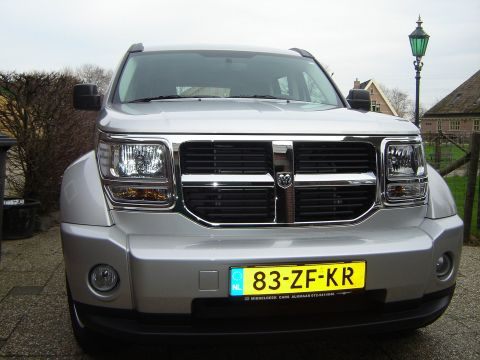 dodge nitro 2 8 crd 4x4 sxt 2008 gebruikerservaring. Black Bedroom Furniture Sets. Home Design Ideas