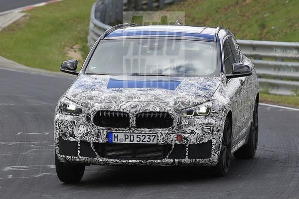 BMW jaagt X2 over Nürburgring
