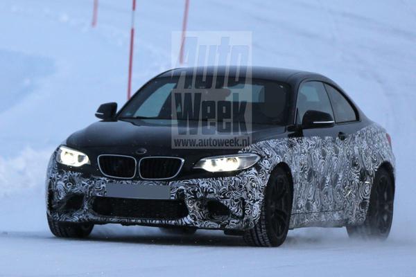 BMW M2 laat meer details zien
