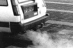 Uitstoot uitlaatgas Toyota Tercel 4WD (foto: ANP)