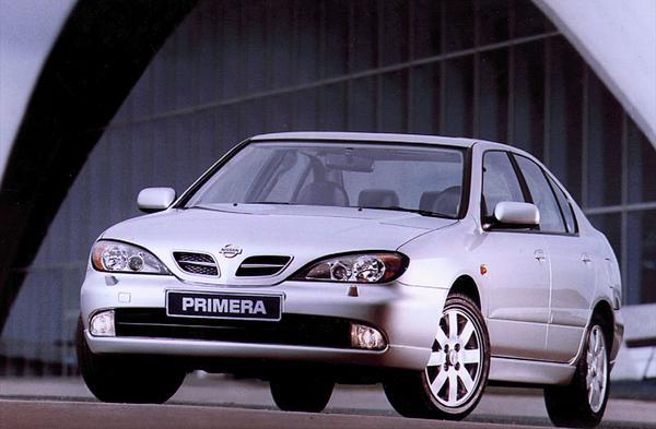 Nissan primera 2 0 luxury 2000 gebruikerservaring for Interieur nissan primera 2000