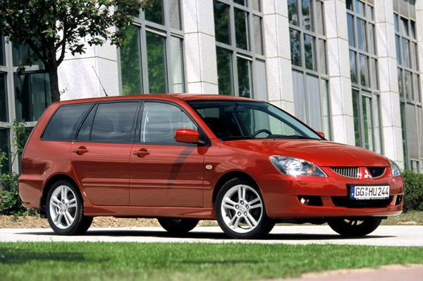 mitsubishi lancer wagon 1 6 sport 2003 gebruikerservaring autoreviews. Black Bedroom Furniture Sets. Home Design Ideas
