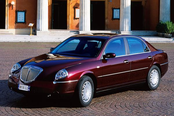 Lancia thesis 2.4 review