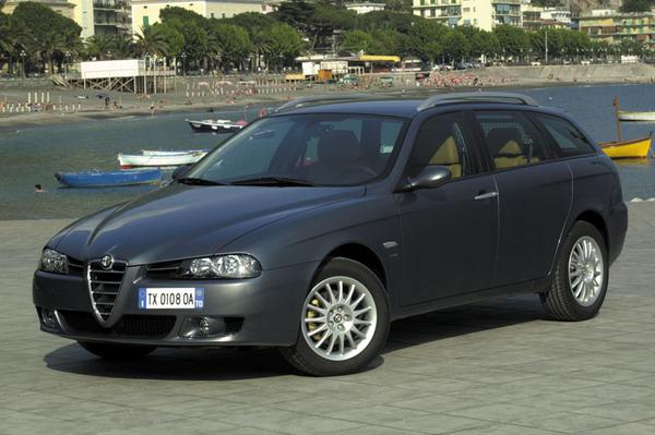 alfa romeo 156 sportwagon 2 0 jts 16v selespeed distinctive 2004 gebruikerservaring. Black Bedroom Furniture Sets. Home Design Ideas