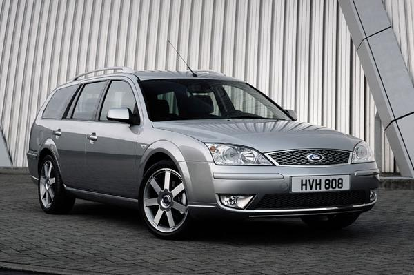ford mondeo wagon 2 5 v6 24v ghia executive 2005 gebruikerservaring autoreviews. Black Bedroom Furniture Sets. Home Design Ideas