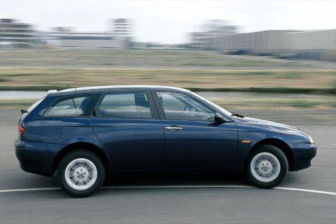 Autotest Alfa Romeo 156 Sportwagon 1.9 JTD - AutoWeek.nl