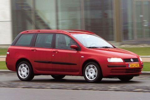 Autotest Fiat Stilo Multi Wagon 1.6 16v Dynamic - AutoWeek.nl