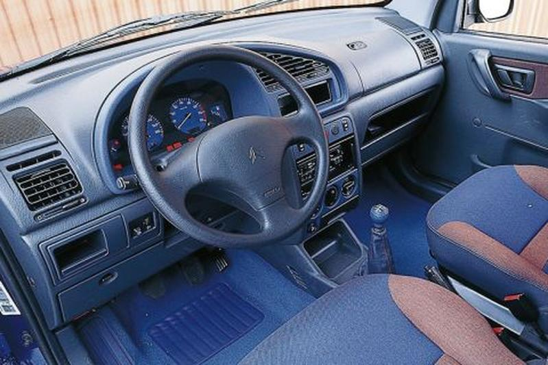 Citroen berlingo multispace 2000 autotests for Interieur berlingo 2000