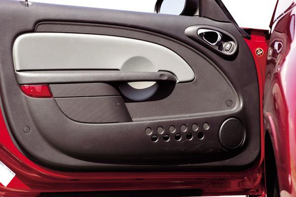 autotest chrysler pt cruiser cabrio limited. Black Bedroom Furniture Sets. Home Design Ideas
