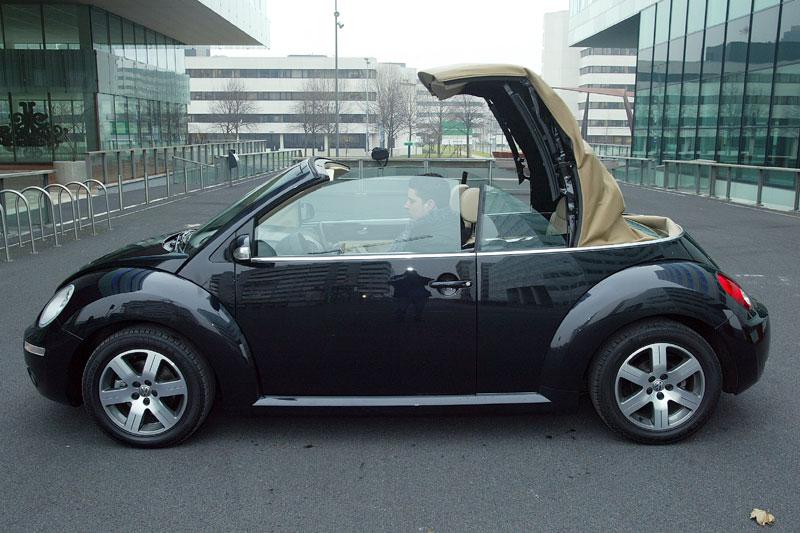 volkswagen new beetle cabriolet 1 6 highline 2006 autotests. Black Bedroom Furniture Sets. Home Design Ideas