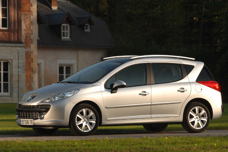 peugeot 207 sw xs 1 4 16v vti 2008 gebruikerservaring autoreviews. Black Bedroom Furniture Sets. Home Design Ideas