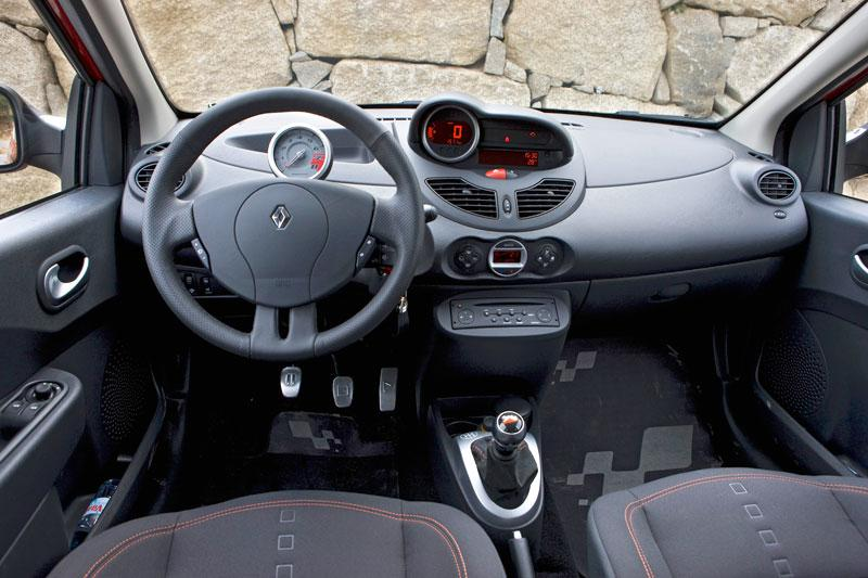 Renault twingo rs 2008 autotests for Interieur twingo