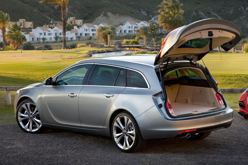 opel insignia sports tourer rijimpressies. Black Bedroom Furniture Sets. Home Design Ideas