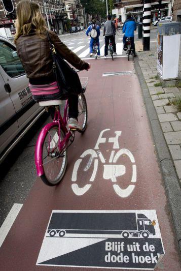 Dode hoek-waarschuwing op het fietspad | Foto: ANP