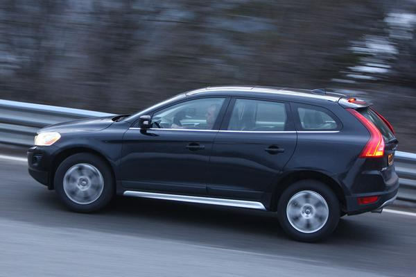 autotest volvo xc60 t6 awd geartronic summum. Black Bedroom Furniture Sets. Home Design Ideas
