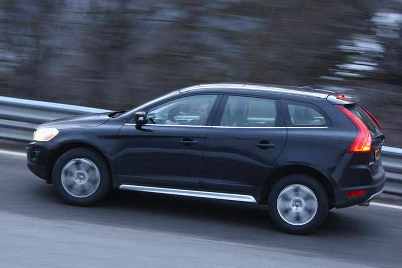 volvo xc60 t6 awd geartronic summum 2009 autotests. Black Bedroom Furniture Sets. Home Design Ideas
