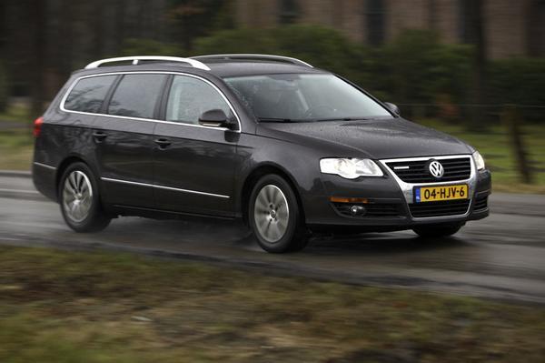 Autotest Volkswagen Passat Variant 2.0 TDI Bluemotion - AutoWeek.nl