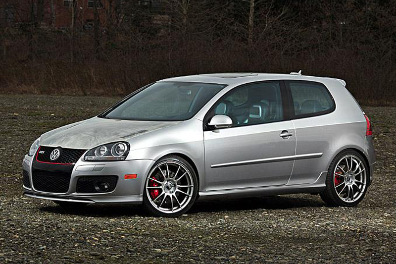 H r pept golf gti op autonieuws for Interieur golf v gti
