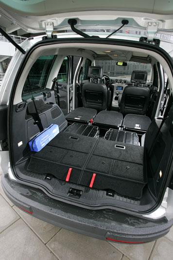 ford galaxy 2 0 tdci ghia 2006 autotests. Black Bedroom Furniture Sets. Home Design Ideas
