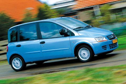 Autotest Fiat Multipla 1.9 JTD Dynamic - AutoWeek.nl