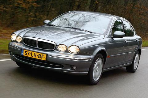 Autotest Jaguar X-type 2.0 V6 Business Edition - AutoWeek.nl