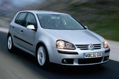 2005 Volkswagen Golf Sedan Front…