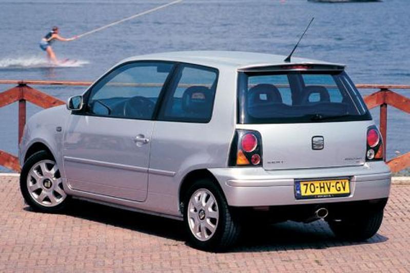 seat arosa 1 4 16v sport 2002 autotests. Black Bedroom Furniture Sets. Home Design Ideas