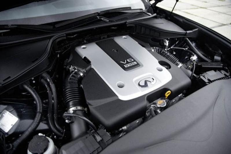Infiniti m37 s premium 2010 autotests for Interieur 360 karachi