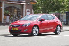 Opel Astra 1.4 Turbo 140 pk Cosmo