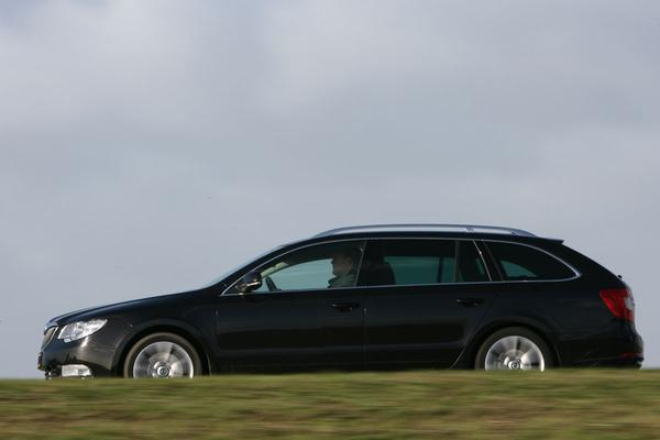 Skoda Superb Combi 1.8 TSI Elegance