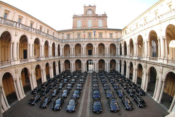 Een vloot Maserati Quattroportes