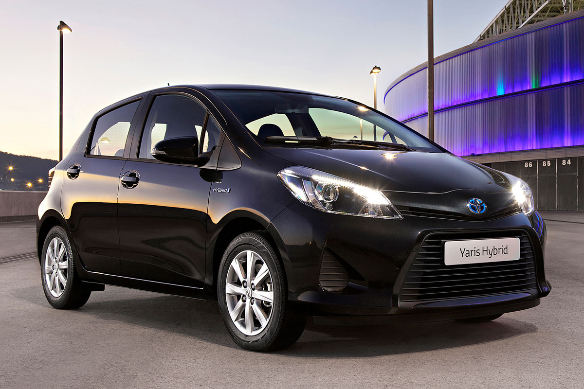toyota yaris 1 5 full hybrid dynamic specificaties auto. Black Bedroom Furniture Sets. Home Design Ideas