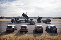BMW X5 xDrive30d - Infiniti FX 30d - Mercedes ML350 Bluetec - Porsche Cayenne Diesel