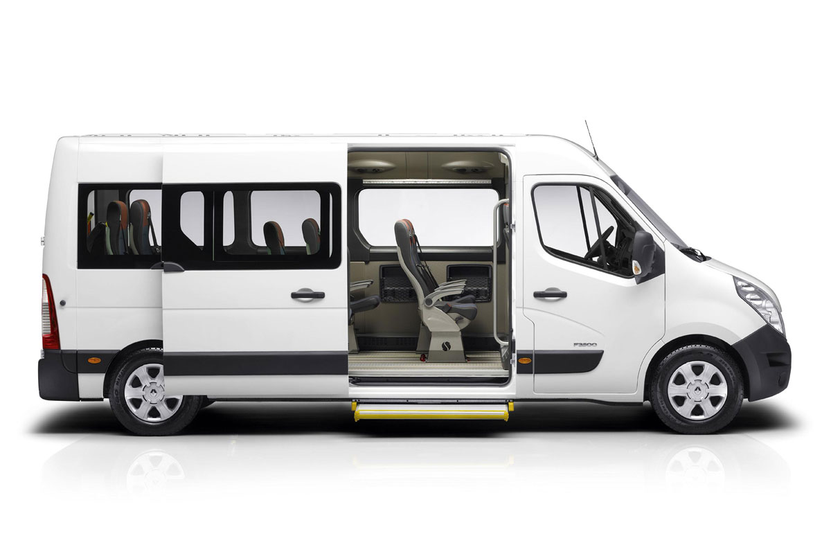 renault master combi l2h2 t35 fwd 2 3 dci 125 specificaties. Black Bedroom Furniture Sets. Home Design Ideas