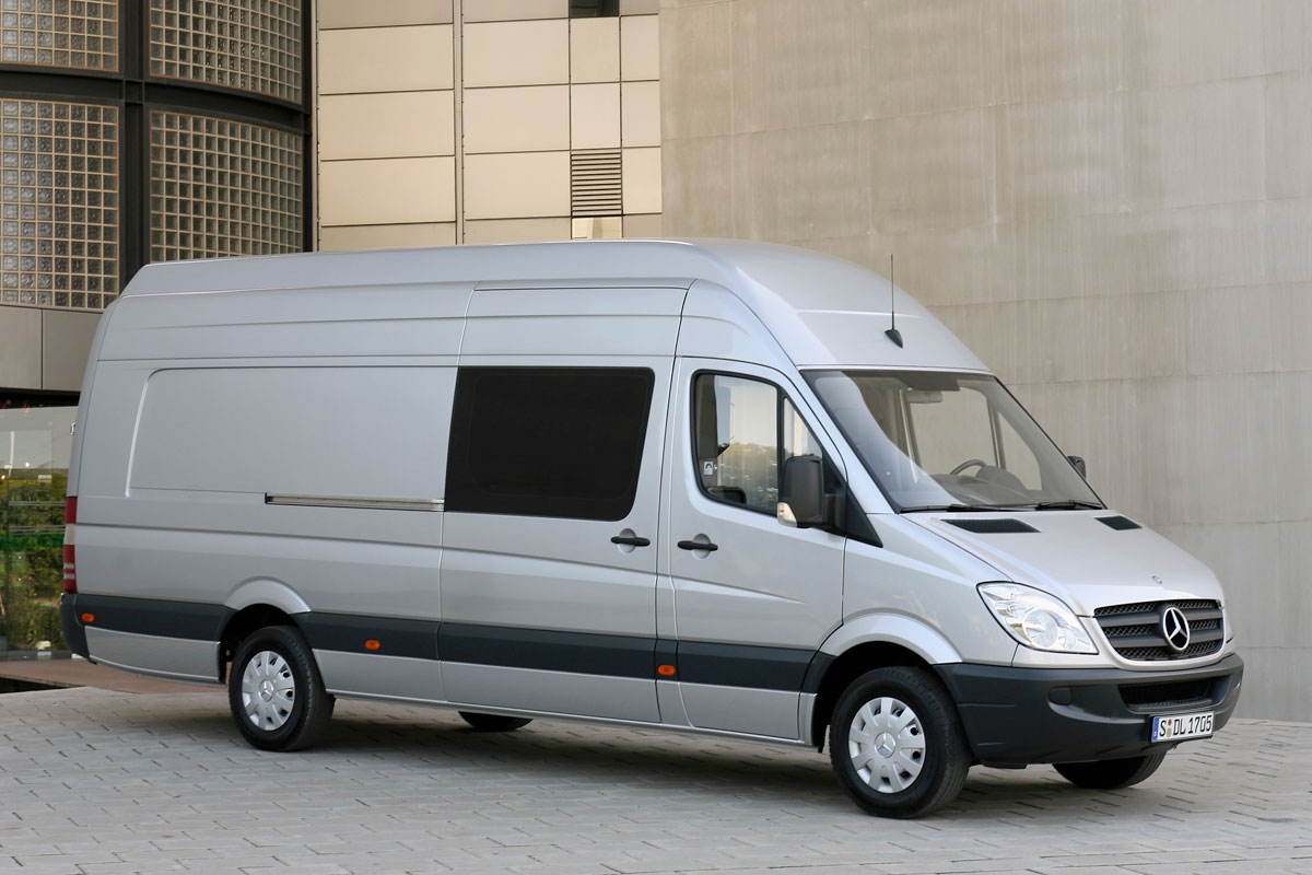 mercedes benz sprinter wb3l 319 cdi 4x4 specificaties. Black Bedroom Furniture Sets. Home Design Ideas