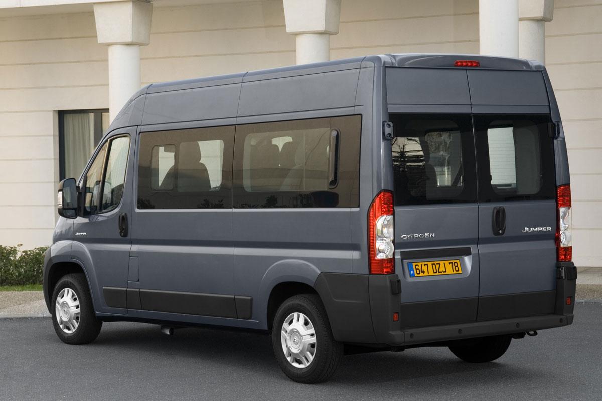 citroen jumper combi comfort 33 l2h2 hdi 110 specificaties auto vergelijken. Black Bedroom Furniture Sets. Home Design Ideas
