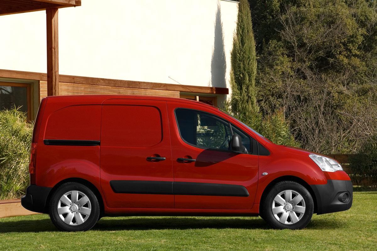 citroen berlingo xl 1 6 e hdi 90 club specificaties auto vergelijken. Black Bedroom Furniture Sets. Home Design Ideas