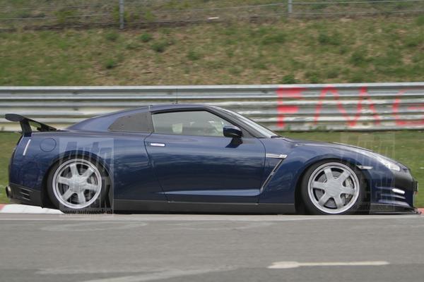 Nissan GT-R factory racer