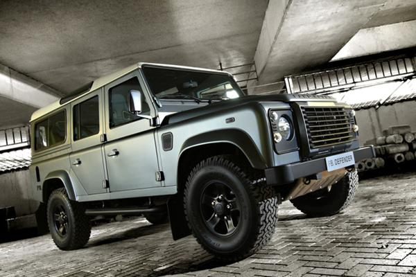 Land Rover Defender 110 by Piet Boon